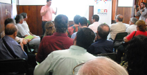 Municipio y Provincia dialogaron con vecinos de Villa Urquiza sobre futura remodelación de la plaza