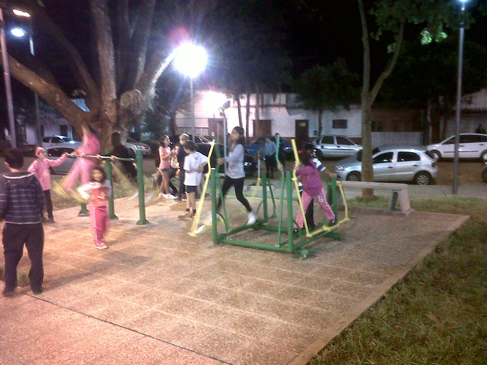 Con una fiesta popular inauguraron la remozada Plaza de Villa Urquiza